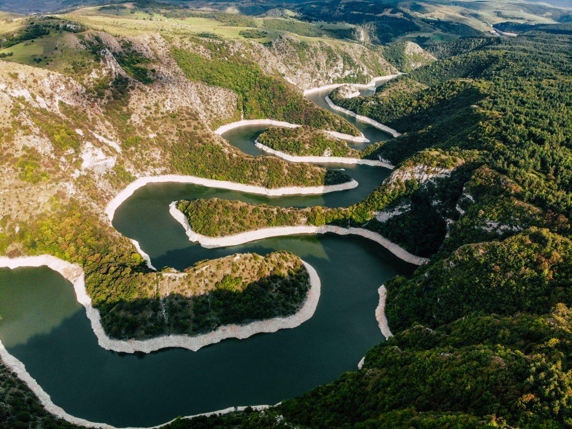 Destinacije u Srbiji, Specijalni rezervat prirode Uvac, meandri