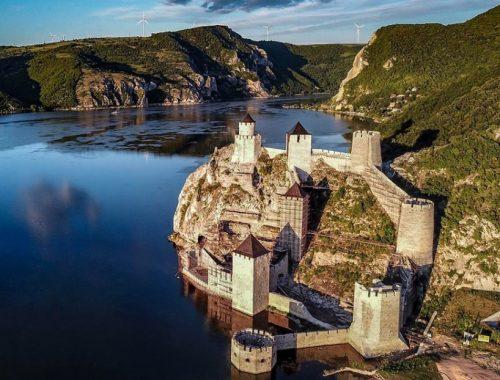 Destinacije u Srbiji, tvrdjava Golubac, Golubački grad, Đerdapska klisura